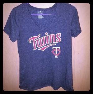 Minnesota twins women's small tshirt